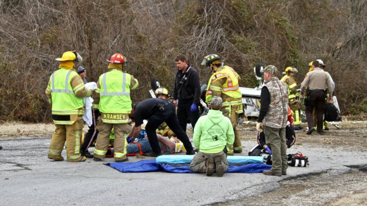 Toddler, woman and man pulled alive from wreckage of Illinois plane crash