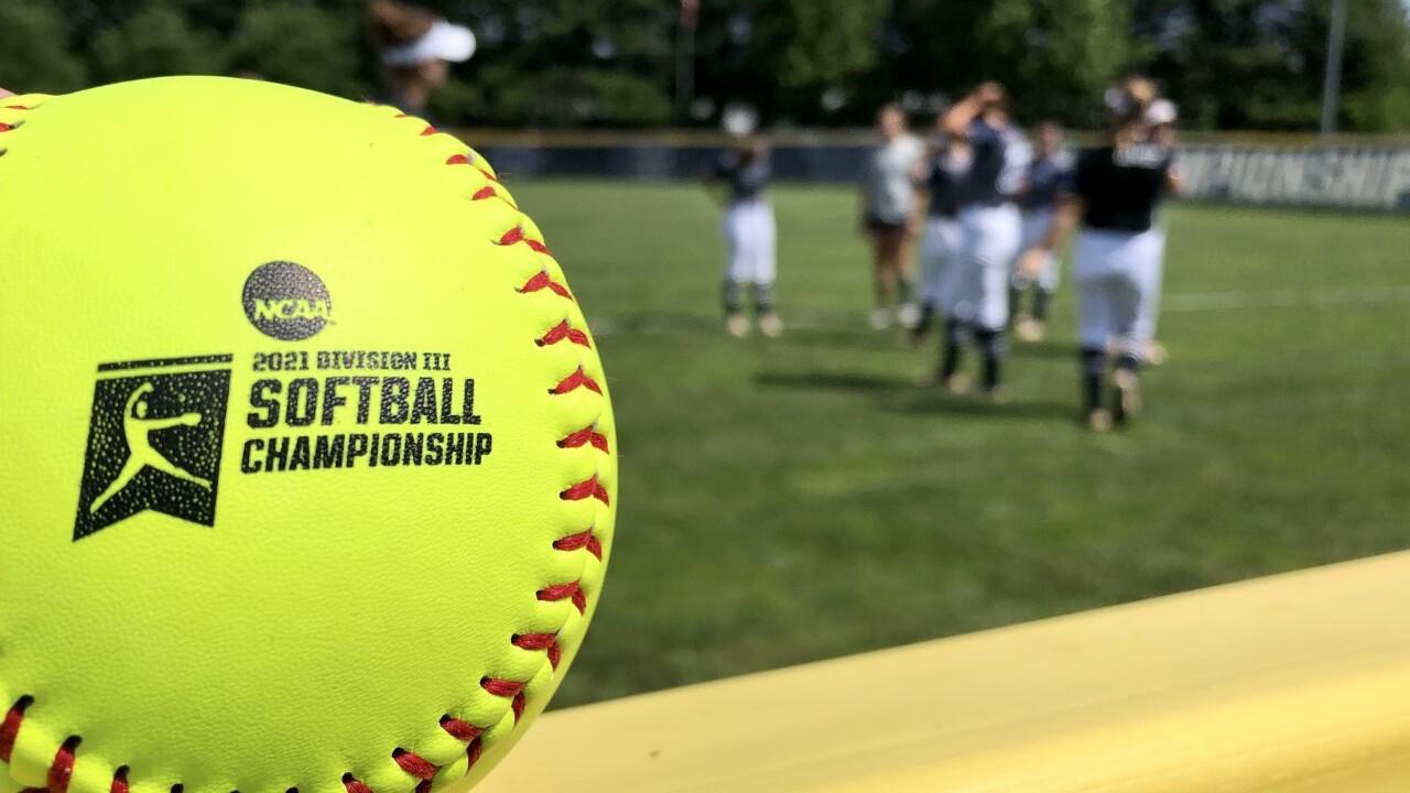 Virginia Wesleyan softball.jpg