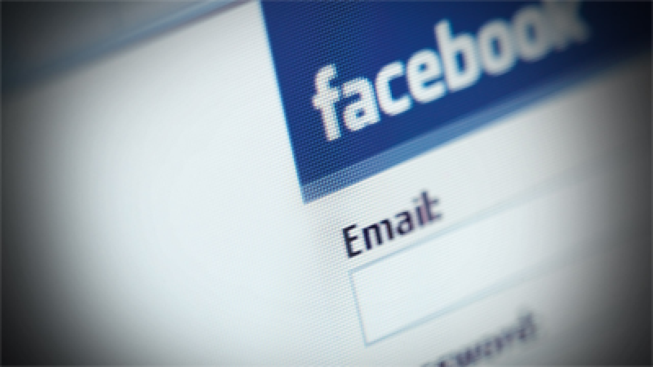 Lack of Facebook account viewed as 'suspicious'