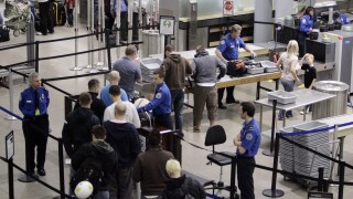 TSA updates procedures ahead of summer, encourages — but doesn't require — masks at checkpoints