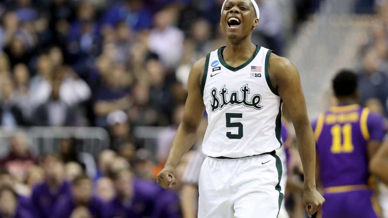 Aaron Henry's career high leads No. 2 Michigan State over No. 3 LSU