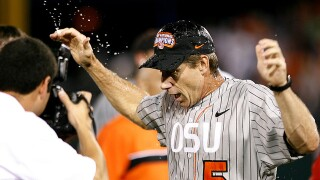 Oregon State baseball coach Pat Casey announces retirement
