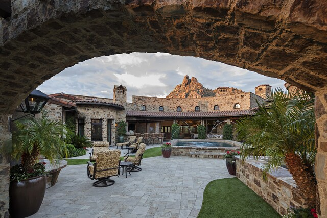 $6.995M Scottsdale home to sell at auction with Concierge Auctions