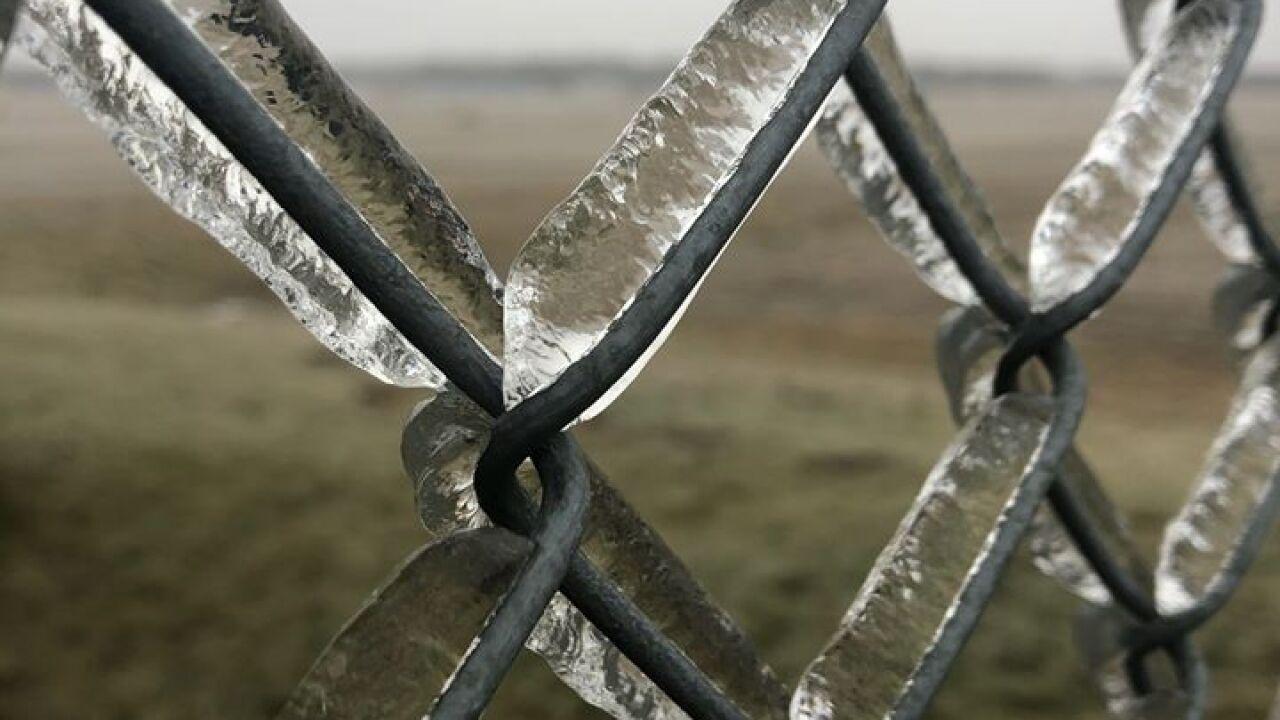 Icy Fence - Courtesy Rachael Novak via Facebook.jpg