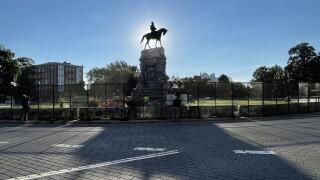 Robert E Lee Statue Sept 7 2021 3.jpg