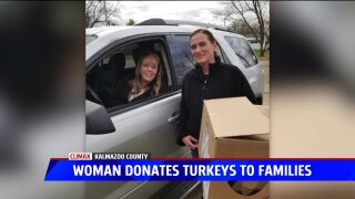 Woman spreads cheer with Thanksgiving dinners