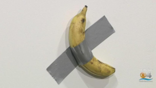 banana taped to wall.PNG