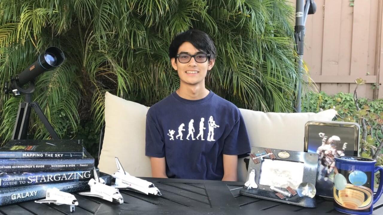Teen creates free virtual space camp