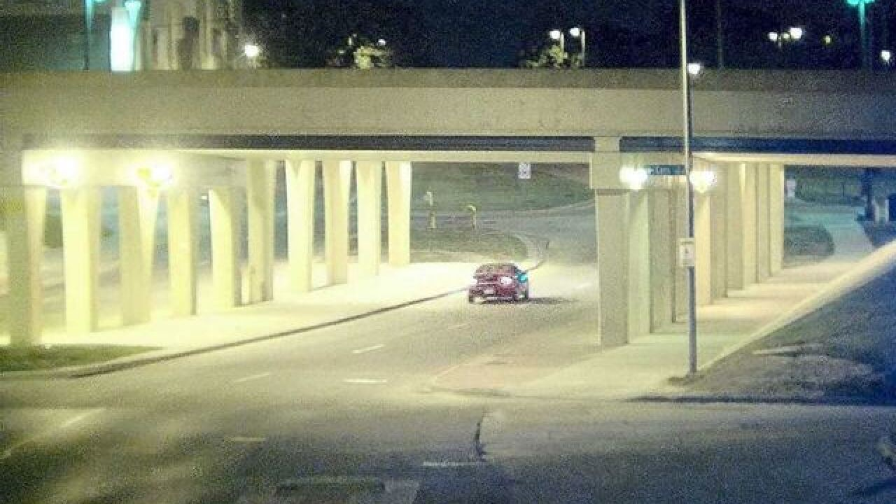 Police release photo of hit & run vehicle
