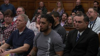 10 people graduate from Veterans Treatment Court