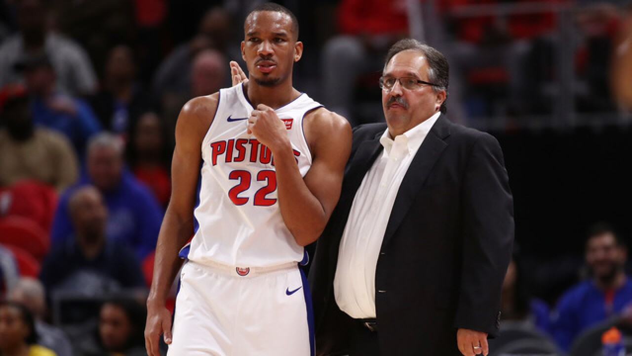 Pistons keep rolling, dominate Pacers in paint