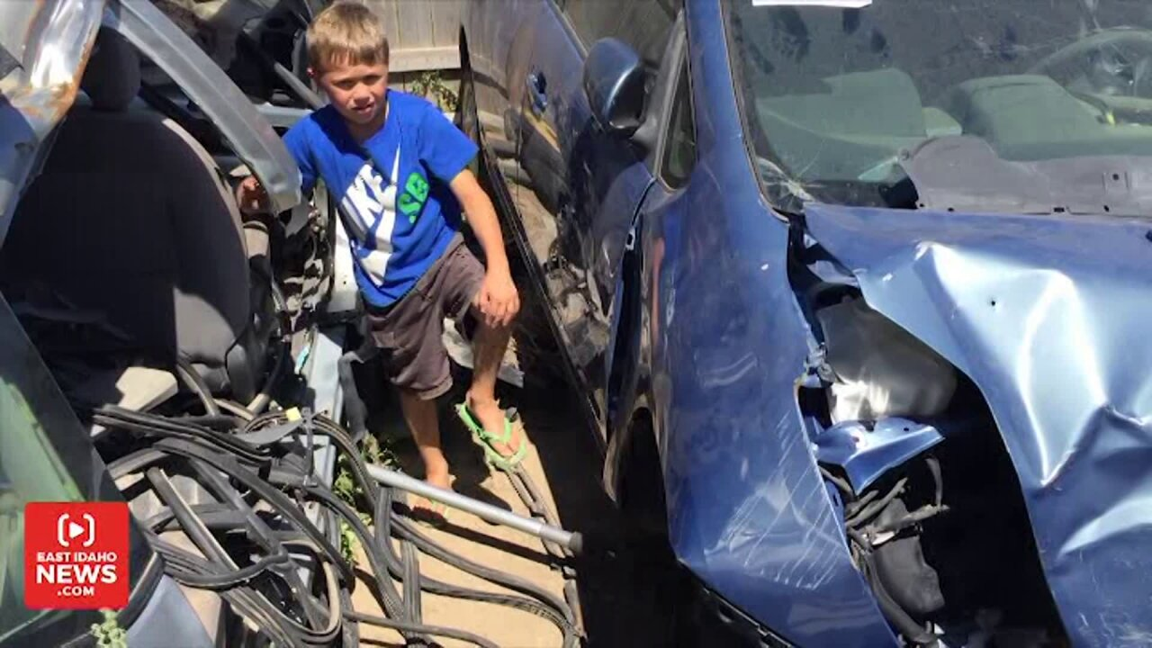 Boy says angels aided him in freeing dad trapped under car: 'It wasscary'