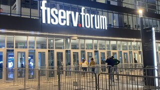 Marquette fans head into Fiserv Forum for first time this season