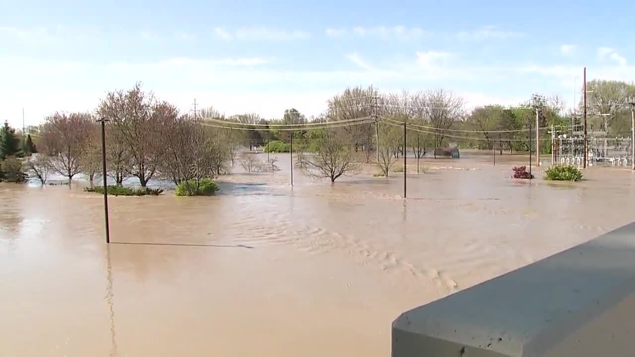 Edenville Dam flooding_37.jpg