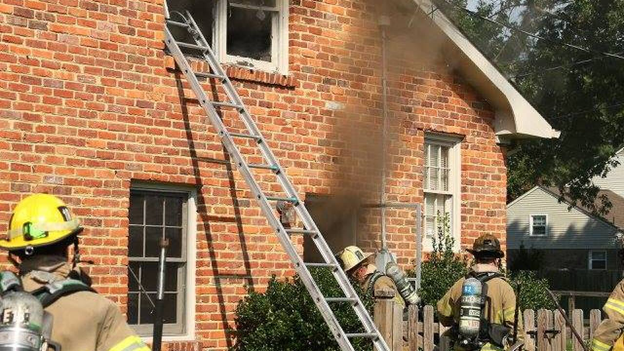 Virginia Beach firefighters battle residential fire