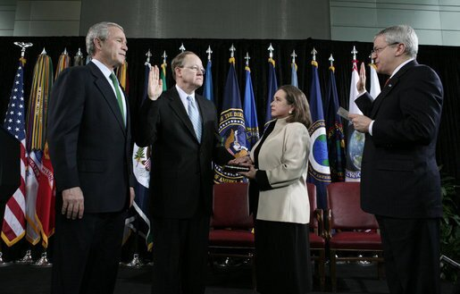 Mike McConnell swearing in with President George W. Bush