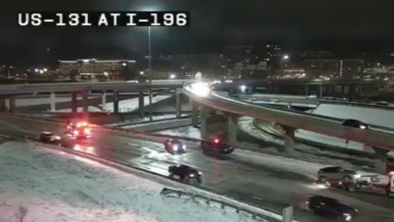 Crash on US-131 at I-196