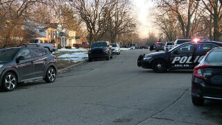 2-27 Royal Oak Barricaded Gunman