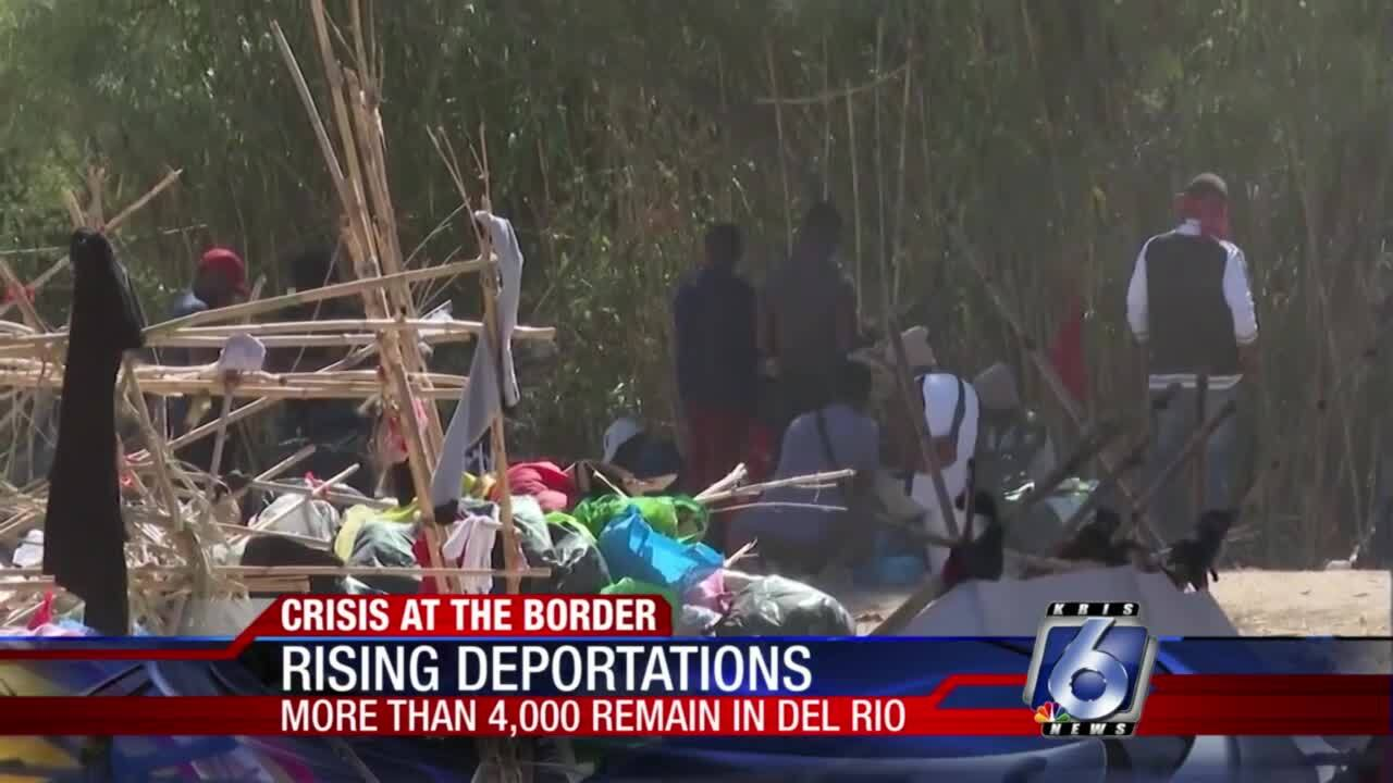 More than 4,000 Haitians still are packed under bridge in Del Rio