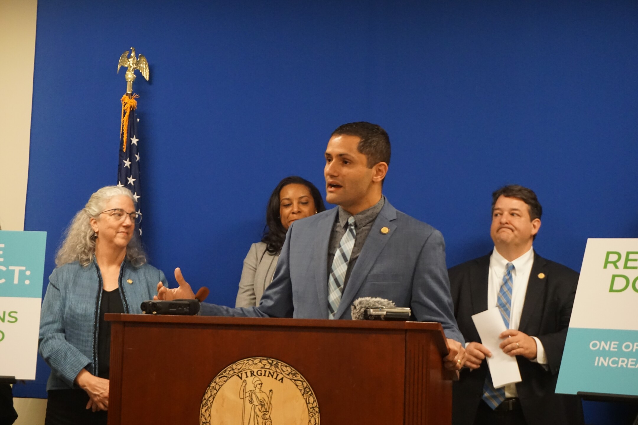 Photos: Virginia legislators seek refund for utilitycustomers