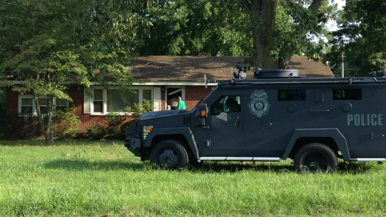 Man arrested after standoff in James City County