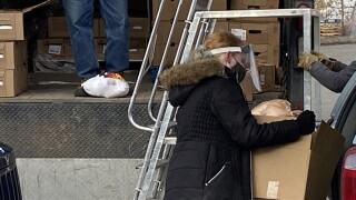 Helena Food Share distributes hundreds of Thanksgiving meals