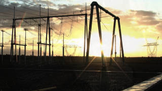 Hot weather, heat, sun, summer, power lines