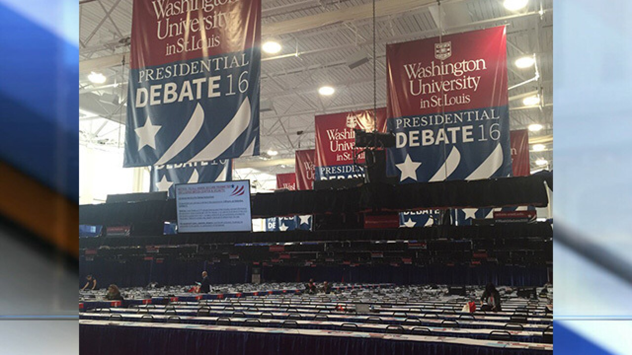 PHOTOS: Second presidential debate in St. Louis