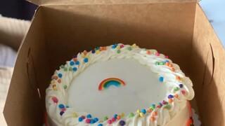 Customer responds after lesbian bakery owner in Detroit is asked to make homophobic cake