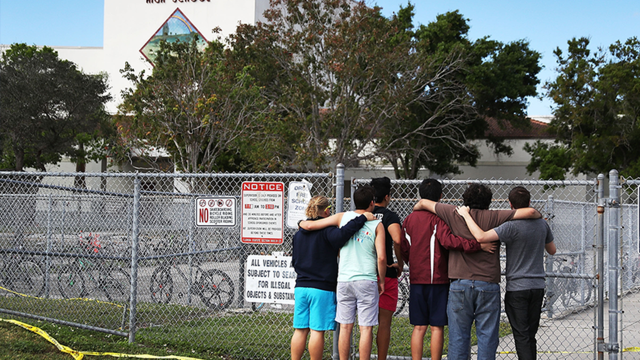 Officers suspended for responding to Parkland