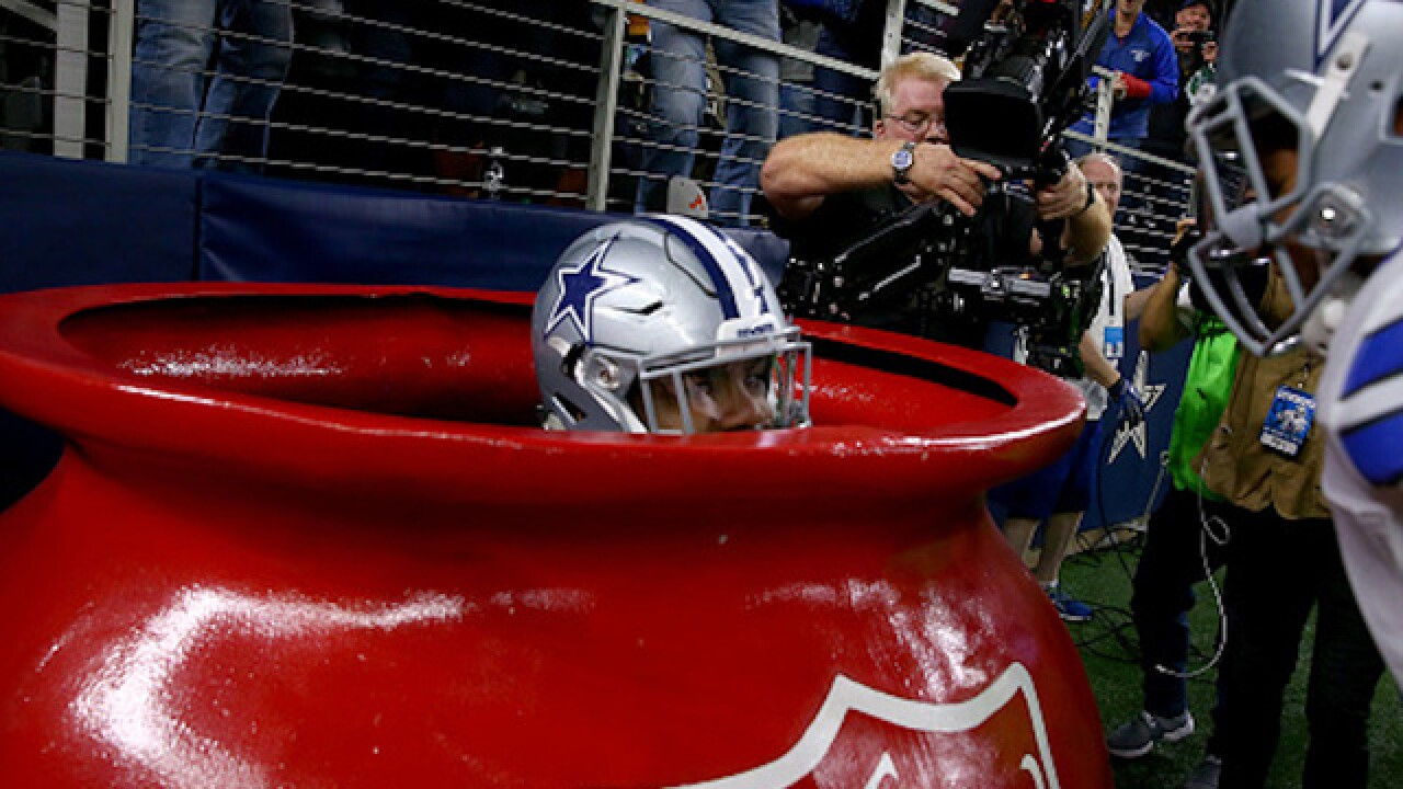 Despite being penalized, Cowboys RB celebration nets donations for Salvation Army
