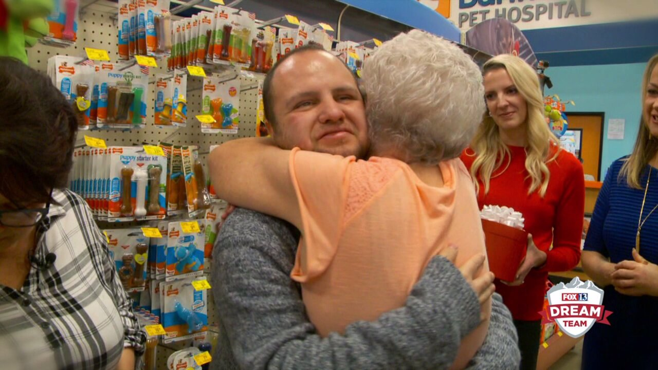 Deaf Utahn losing his sight gets amazing surprise from the Fox 13 Dream Team