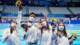 Australia breaks its world record, USA women win bronze in freestyle relay