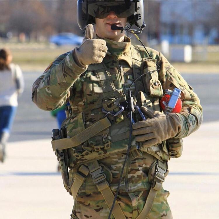 Specialist Scott Eaton.jpg