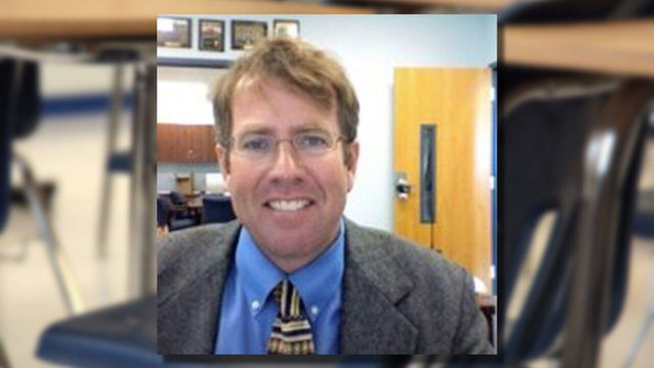 Deputies: Fl. principal stole $900 from child