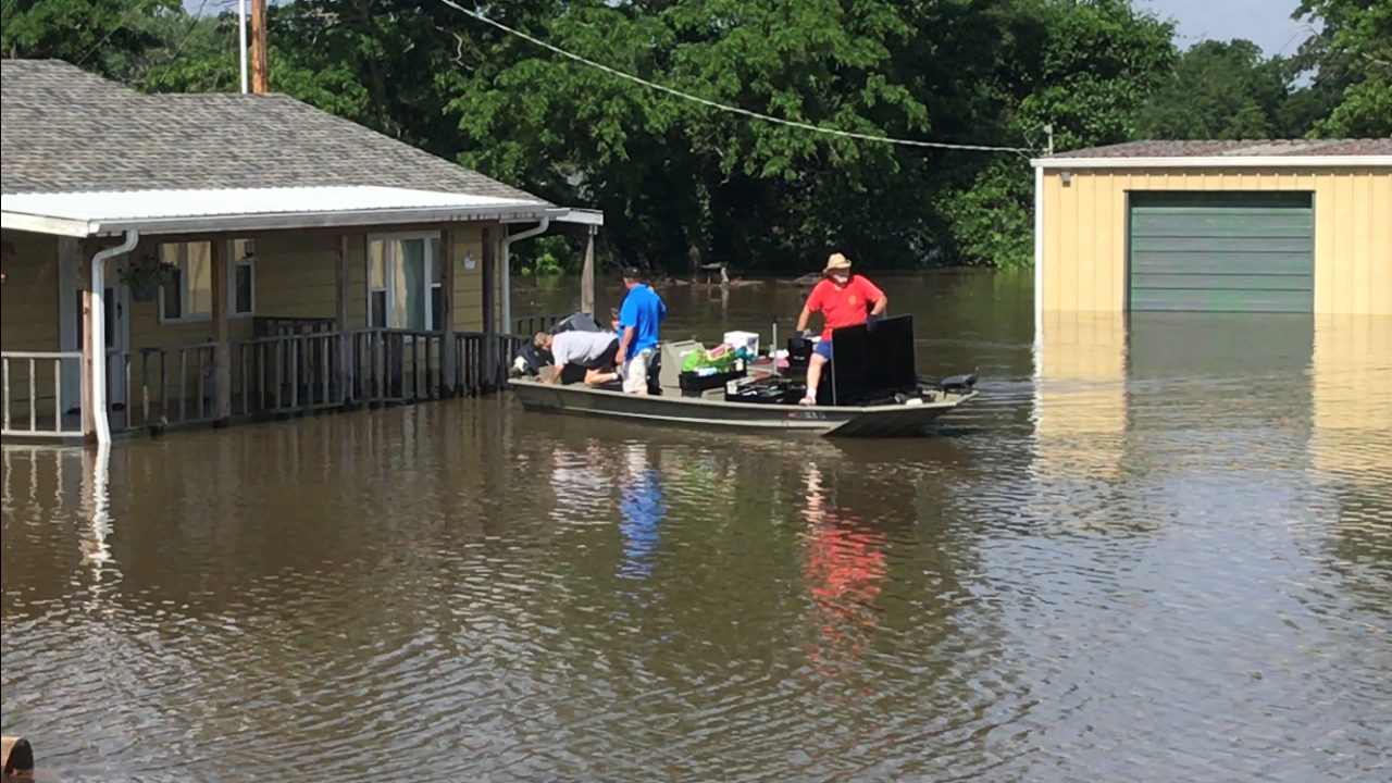 Fort Gibson deals with historic flooding