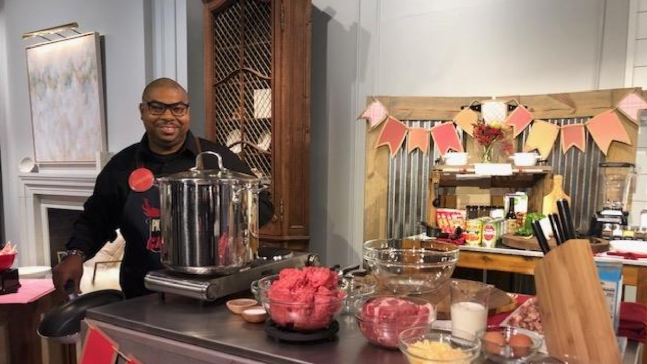 "Akron firefighter wins ""Pickler & Ben"" chili cook-off"