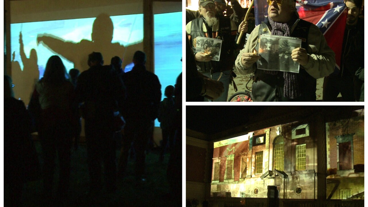 HOLMBERG: Huge crowds at museum light show after mini-controversy – while the City of Lightreels