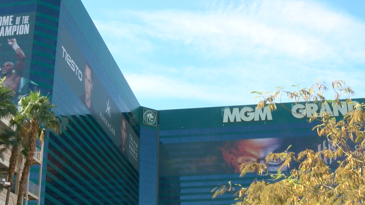 MGM agrees to sell properties, land to VICI in $17.2 billion deal
