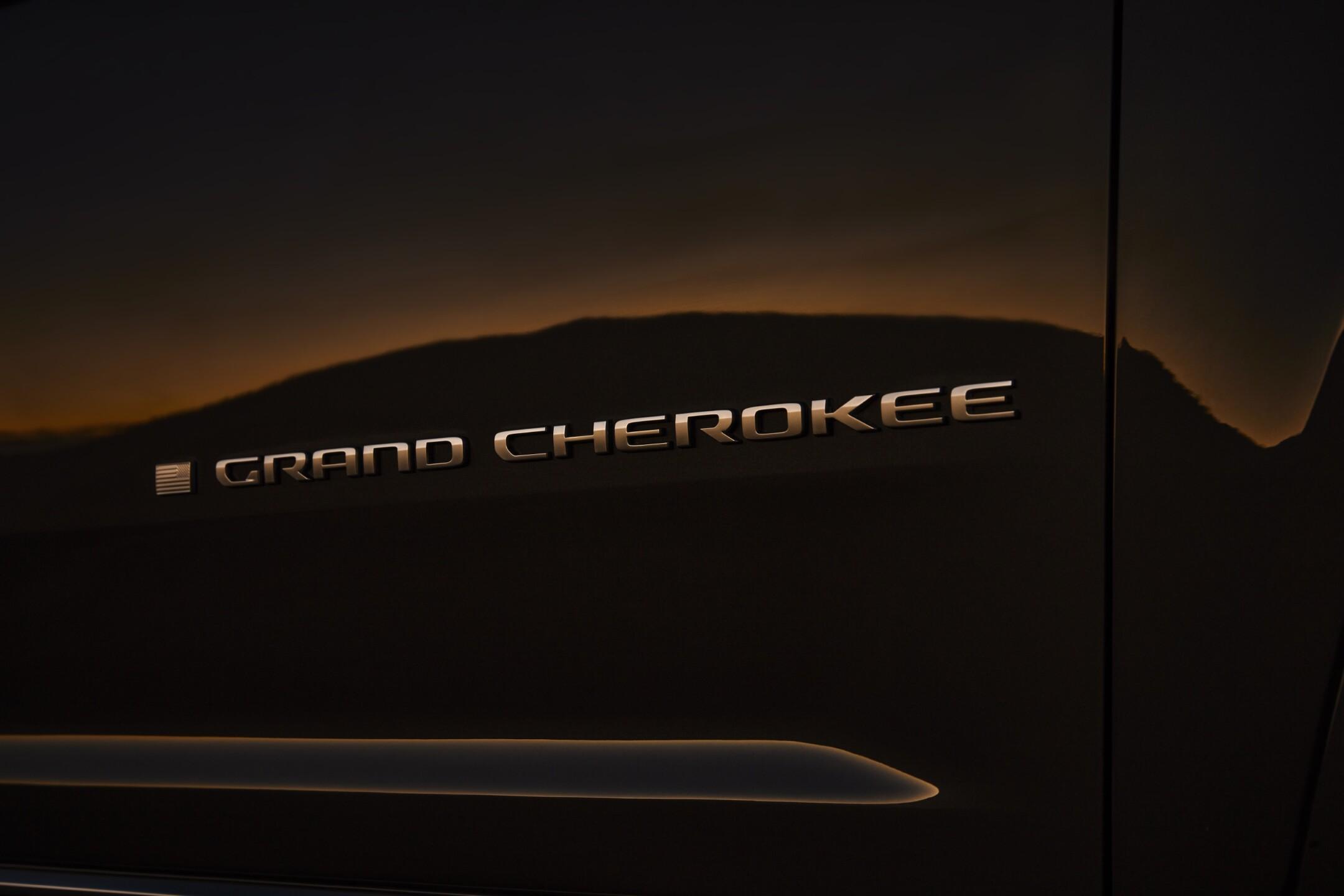 All-new 2021 Jeep® Grand Cherokee L Summit Reserveexterior Gran