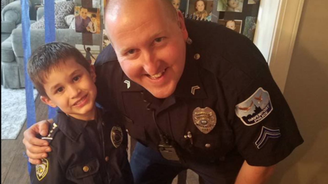 Officers Attend Iowa Boys Police Themed Birthday Party