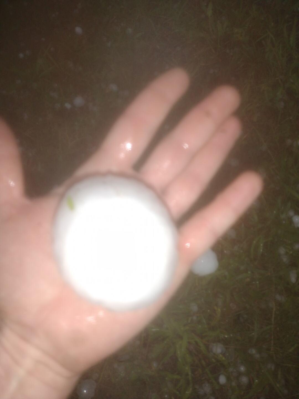 Kash Valley Ludington hail 2.jpg