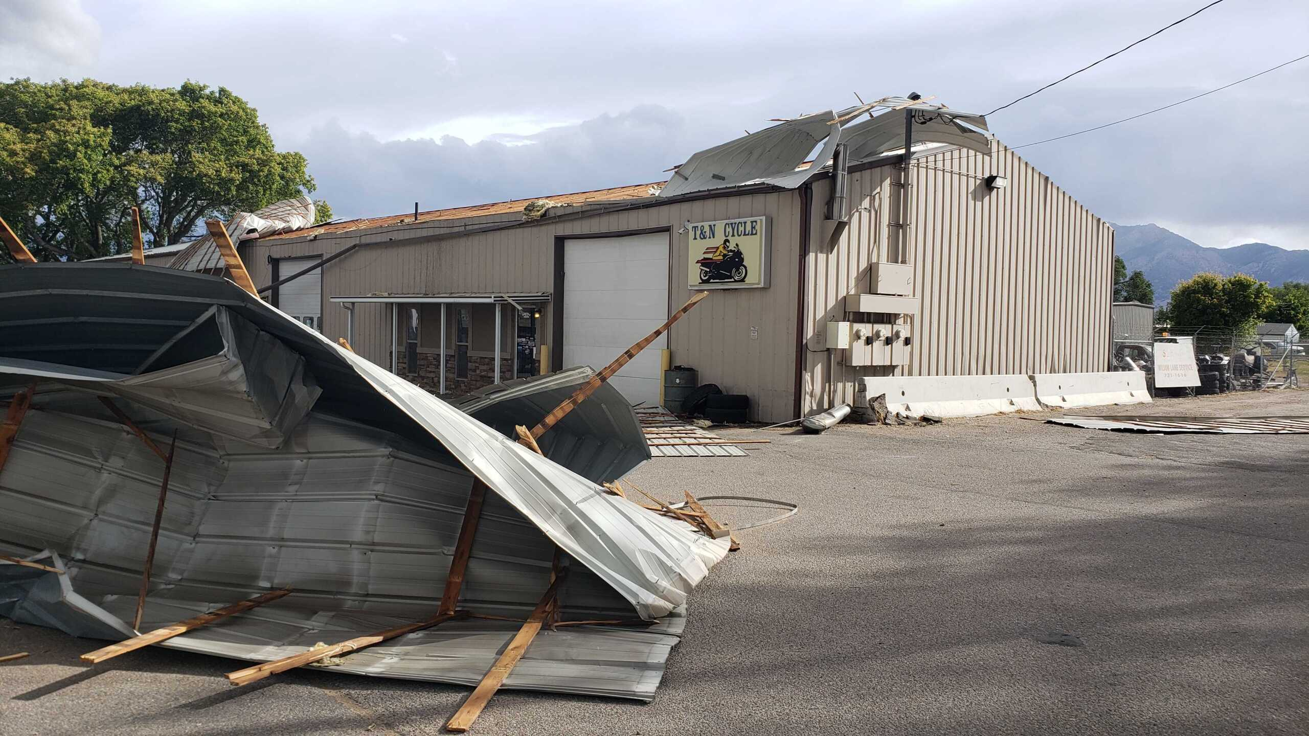 Roof ripped off T and N Cycle in Ogden3.jpg