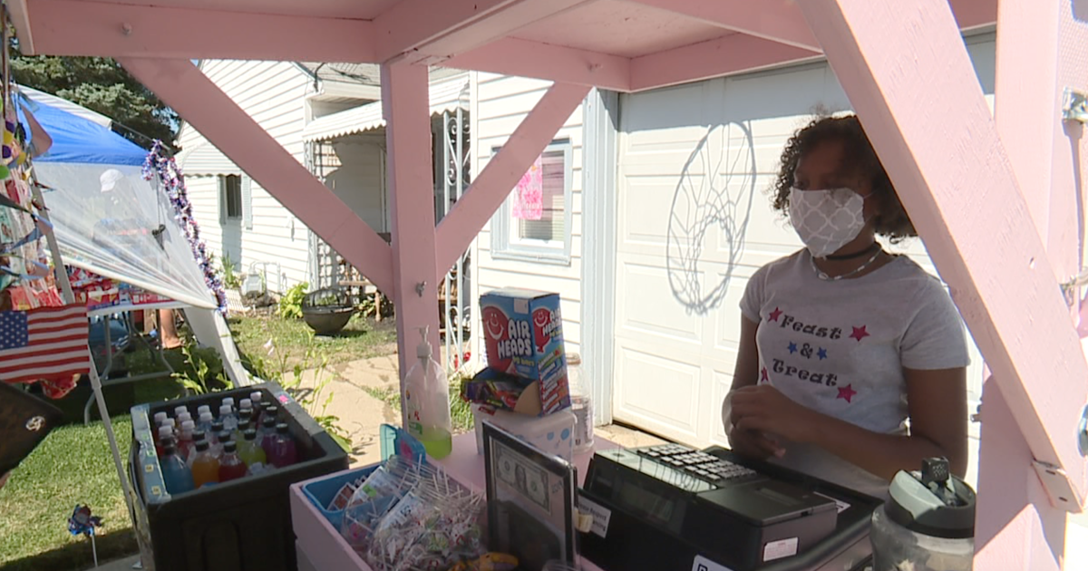 9-year-old entrepreneur turns small lemonade stand into thriving concession stand in Elyria