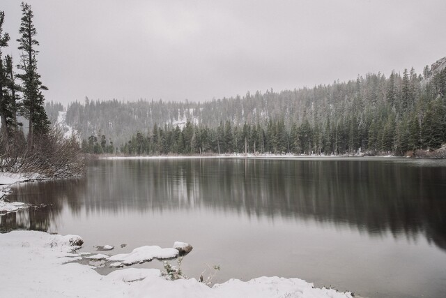 Snow falls in May at Southern California ski resorts