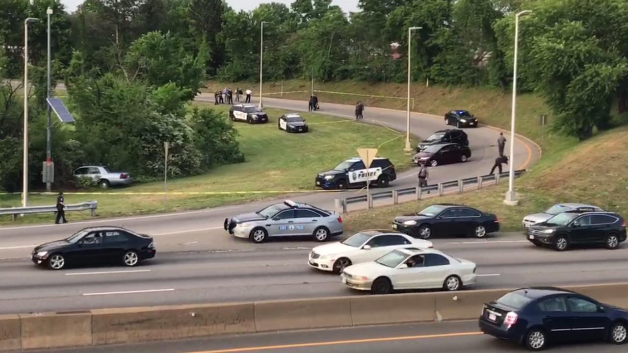 Police shoot naked man onI-95