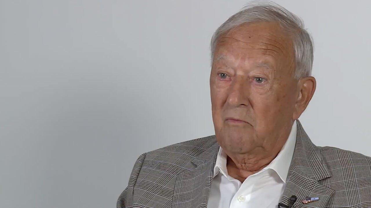 Manny Gurowski, Holocaust survivor