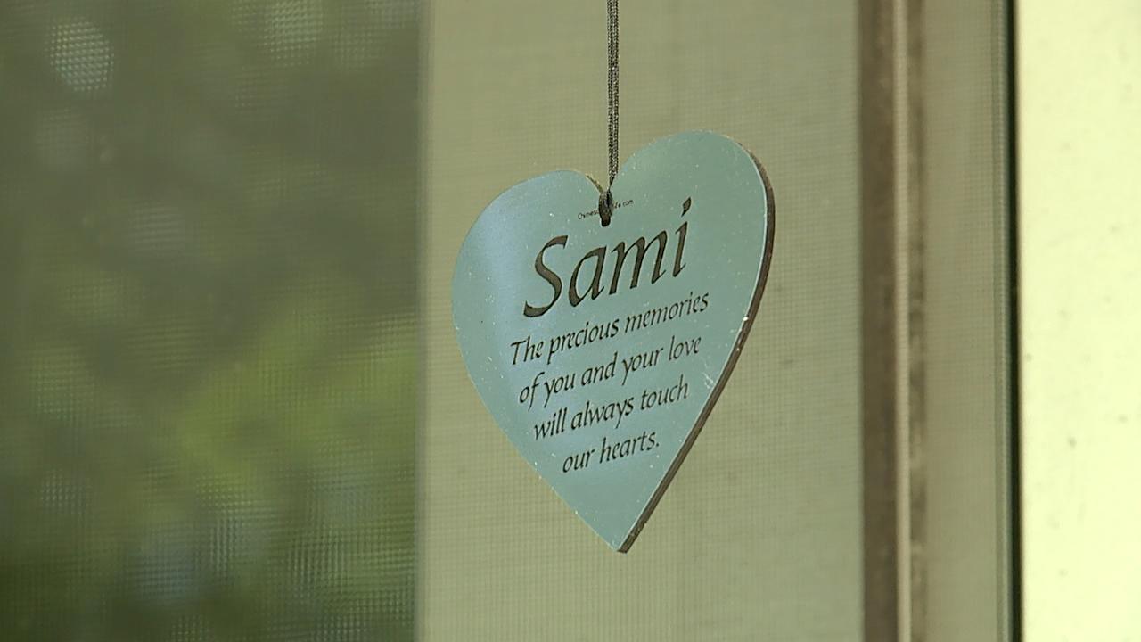 Sami heart hanging
