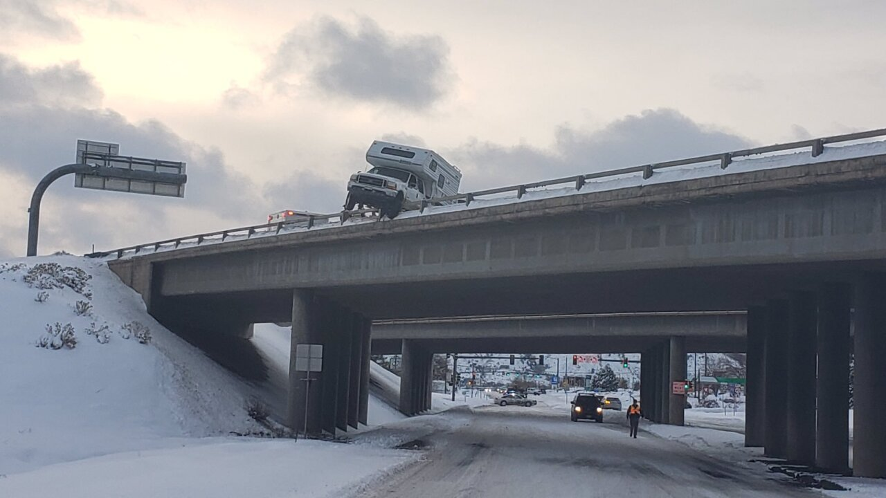 suspected drunk driver nearly slides off i-70 overpass.jpeg