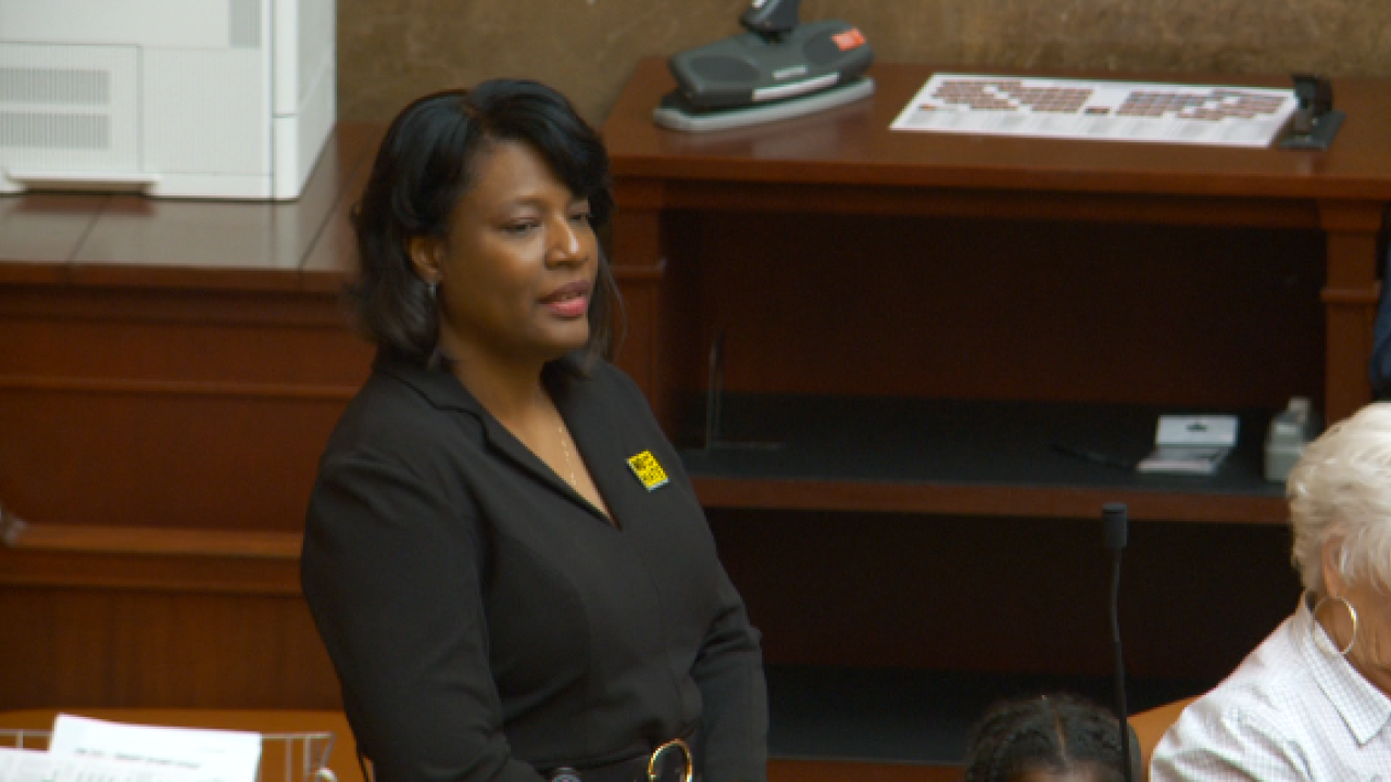 Rep. Sandra Hollins